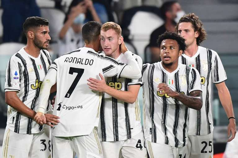 Andrea Pirlo, debut perfect. Juventus - Sampdoria 3-0. Ronaldo a marcat şi a creat faza care a dus la golul noului transfer | VIDEO